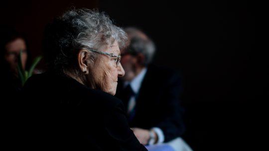 Comment fonctionne le bracelet de sécurité pour personne âgée?